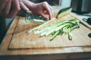Salade de quinoa et courgette à la bresaola